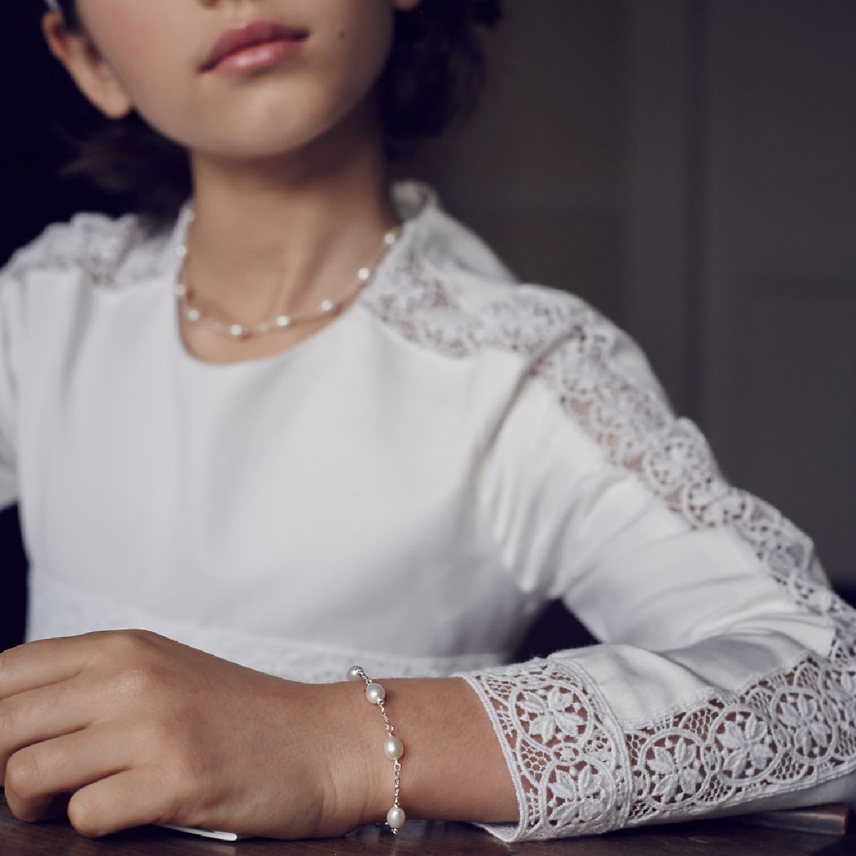 Signature Pearl Station Bracelet