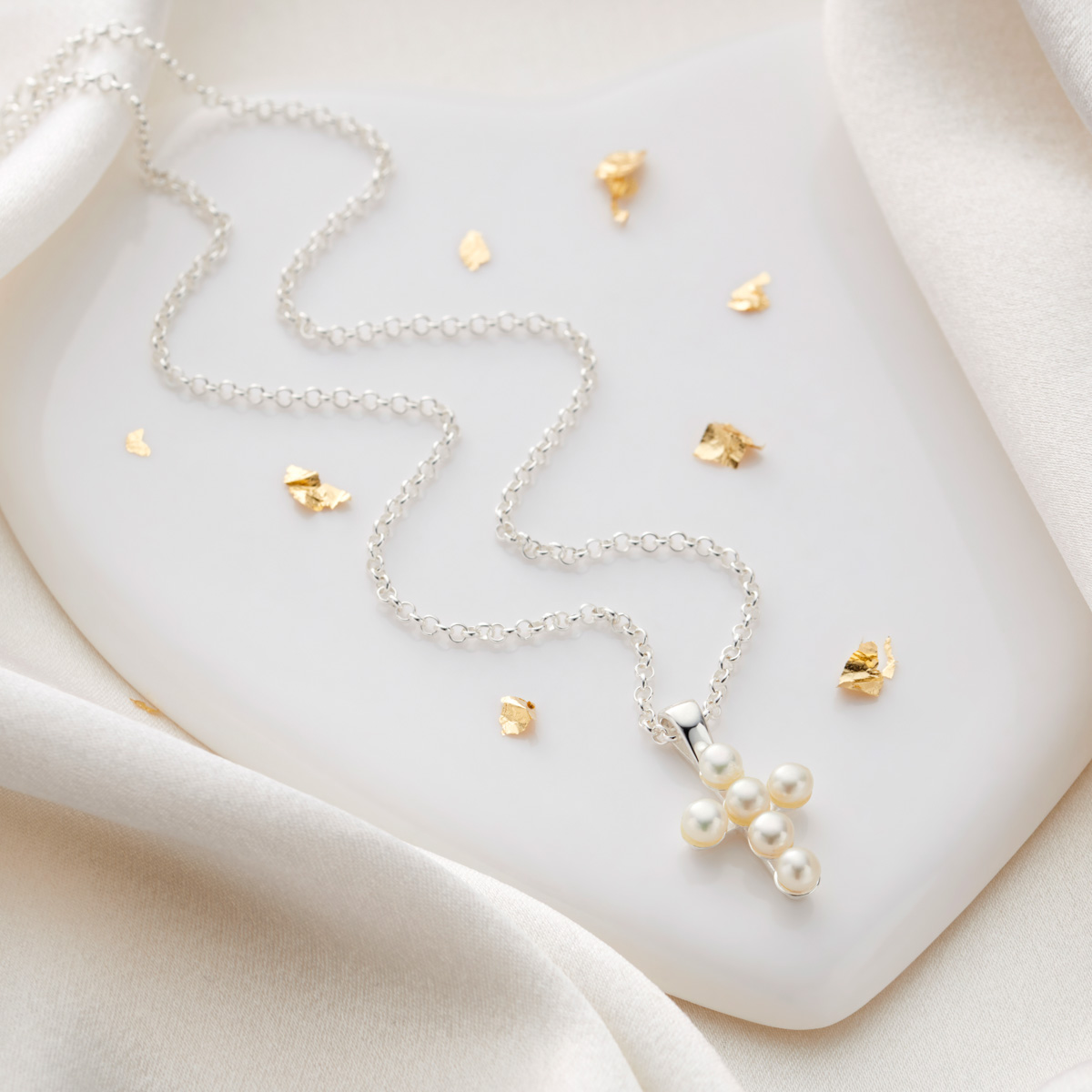 Freshwater Pearl Serenity Cross Necklace